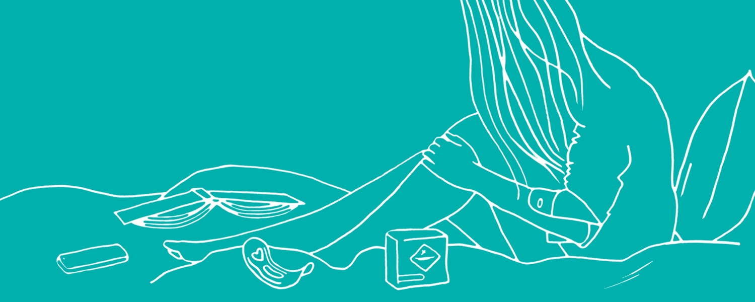 Illustration of a woman sat on a bed on a turquoise background - Libresse
