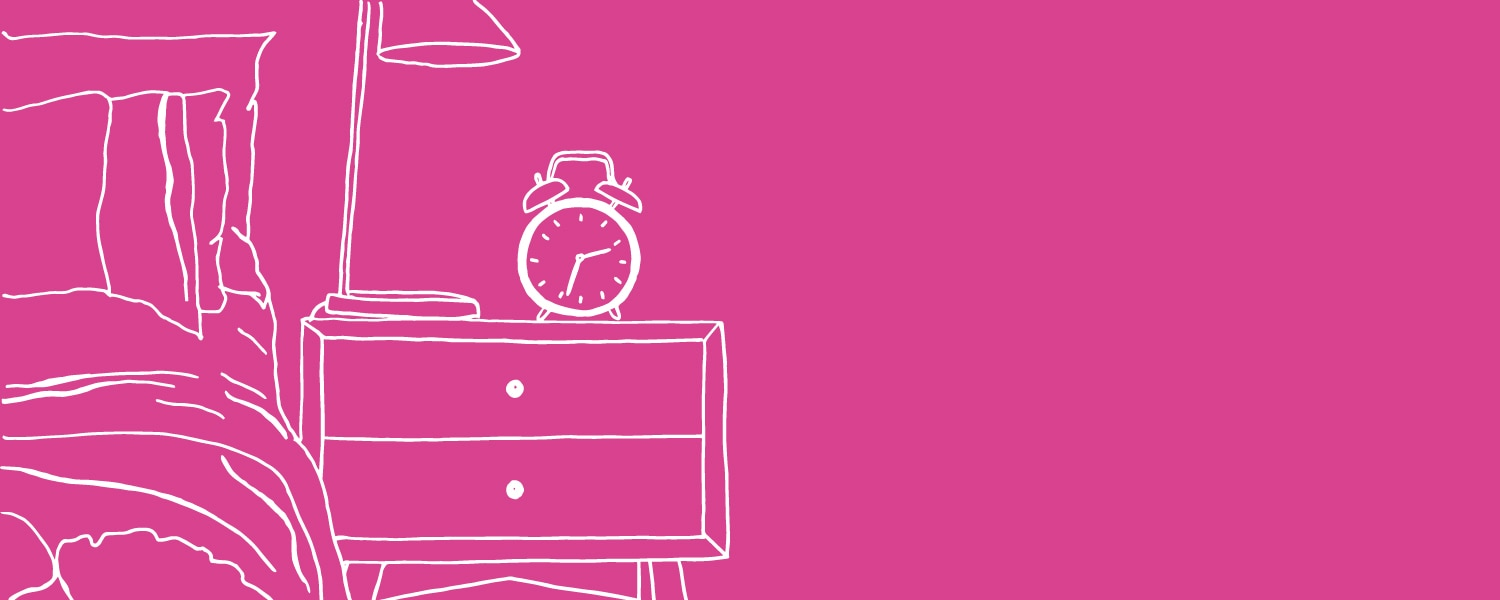 Illustration of a bed and alarm clock on a pink background - Libresse